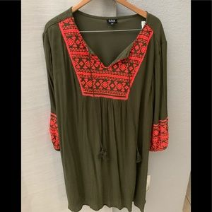 X Large Dress green and neon orange casual
